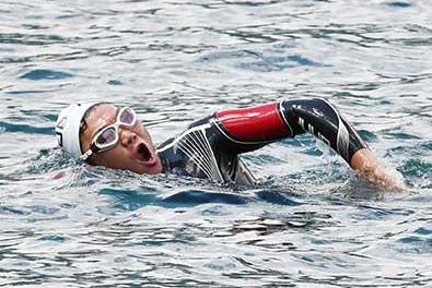 【動画】みやぞんのスイム・水泳!24時間テレビトライアスロンで