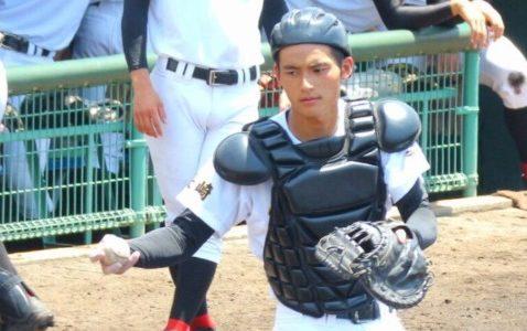 岡田健史は高校球児!甲子園行った?野球部時代のイケメン写真画像